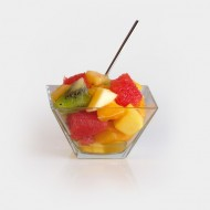 Plateau de brochettes de fruits